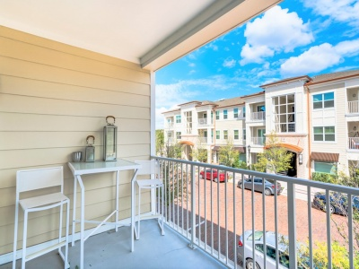 The Marq Highland Park Apartments Private Balcony