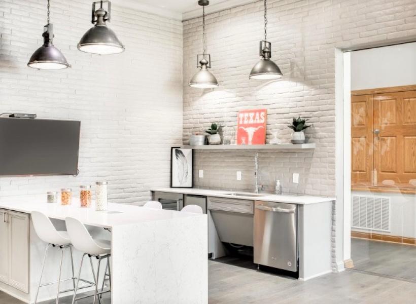 Cottonwood Ridgeview designer kitchen