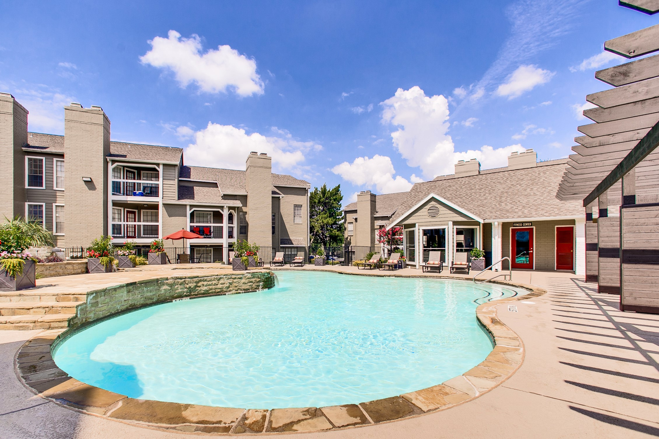 The Arbors of Las Colinas Apartments - Cottonwood Residential