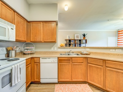 Toscana at Valley Ridge Apartment Kitchen